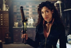 The-Vampire-Diaries-l-actrice-Gina-Torres-sera-une-sorciere_image_article_paysage