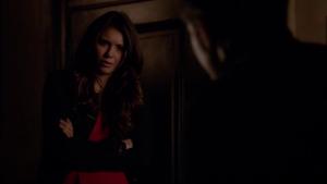 Résumé de l'épisode 19 saison 5  Man on Fire Elena
