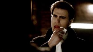 Résumé de l'épisode 19 saison 5  Man on Fire Stefan