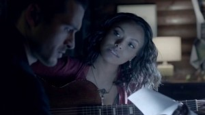 tvd 7x19 relation bonnie enzo guitare
